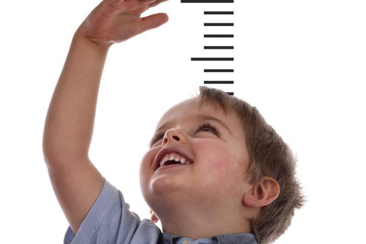 ضرورت توجه والدین به رشد قدی کودکان / فرزندتان را در فعالیتهای گروهی شرکت دهید