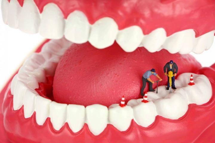 چگونگی محافظت از دندان در دوران سالمندی/ با بوی بد دهان چه کنیم؟