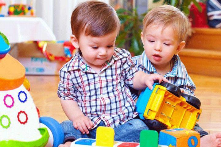 """بررسی مسائل دوران کودکی در """"کودک من"""""""