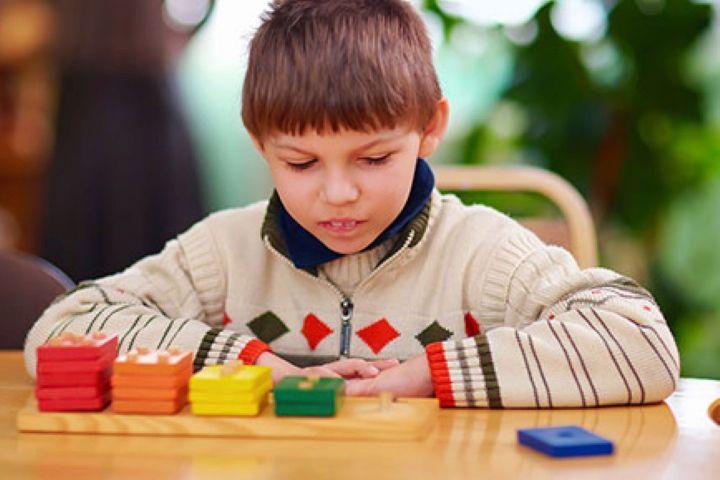 ارتباط جامعه و افراد طیف اوتیسم