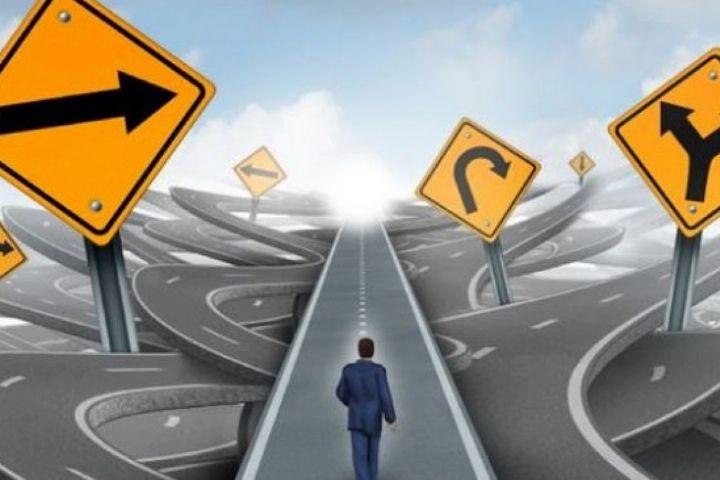 چگونه مهارت تصمیم گیری را یاد بگیریم؟