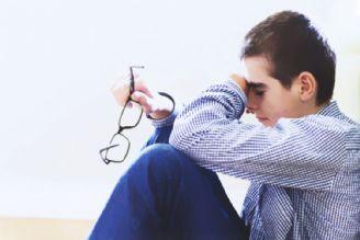 چگونه فرزند نوجوانم را با رفتارهای پرخطر و آسیبهای آن آشنا کنم؟