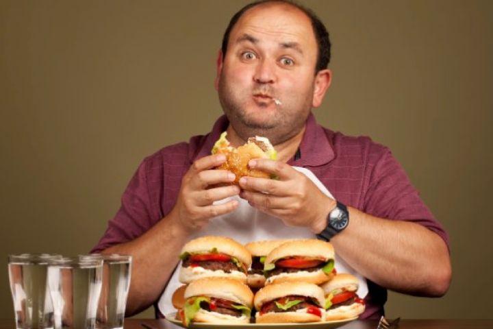 توجهات تغذیه ای در مبتلایان به پرخوری عصبی