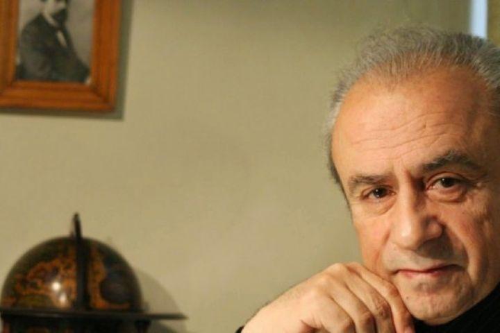 گفتگو با دبیر دومین دوره جشنواره اکبر رادی