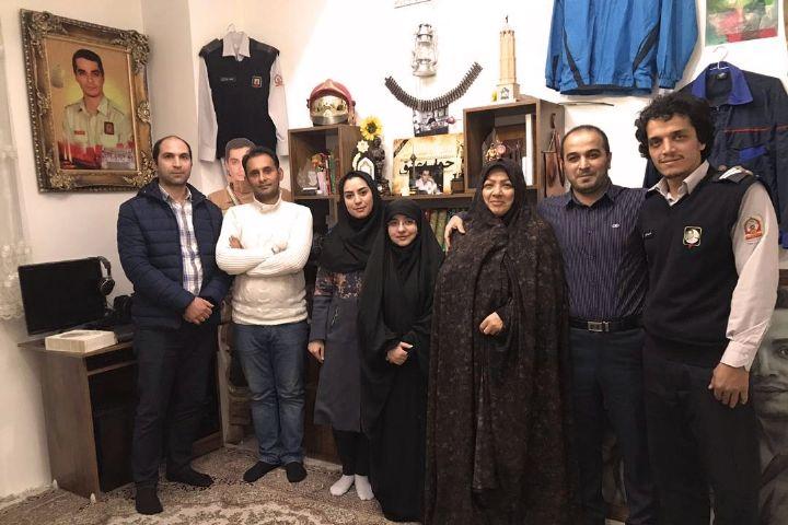 یاد و خاطره شهدای آتشنشان حادثه پلاسكو در تهران، میدان شهدا
