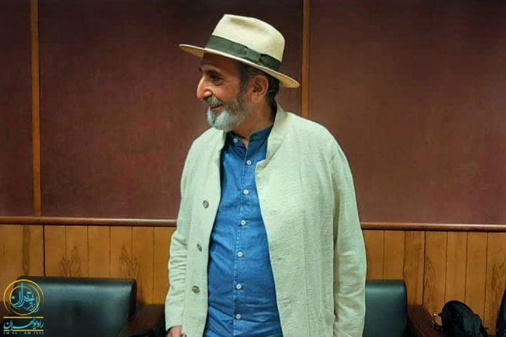 گفتگوی محمد صالح علاء و فرهاد آئیش روی آنتن رادیو تهران
