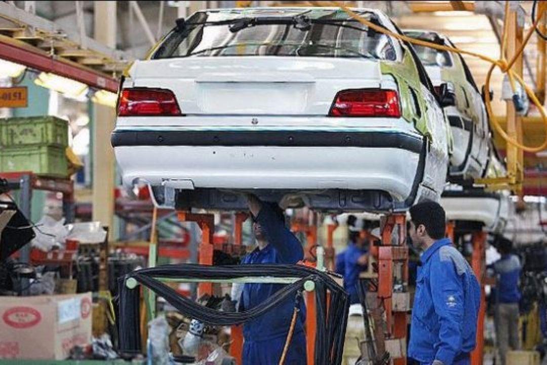 نبود بازار رقابتی در صنعت خودرو بستری برای رانت  ...