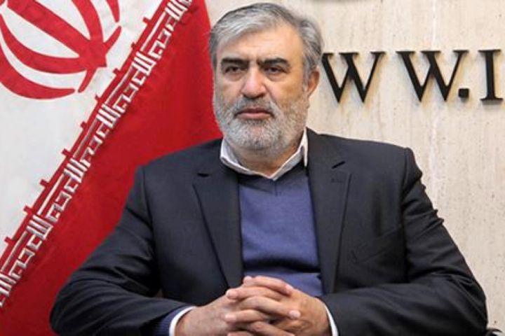 تاکید رئیس کمیته امنیتی مجلس بر ضعف نظامی آمریکا