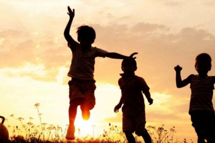 انتقال شادی و هیجان به کودکان در رادیو