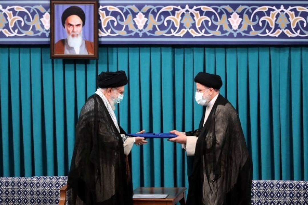 مراسم تنفیذ حكم سیزدهمین دوره ریاست جمهوری اسلامی  ...