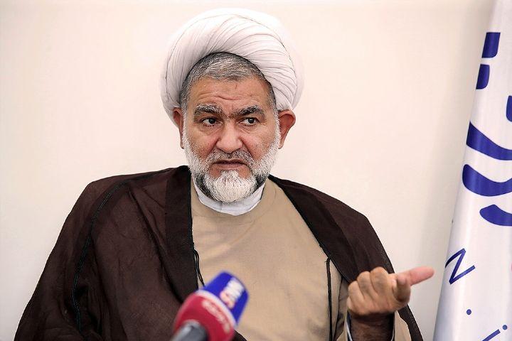 نایب رئیس كمیسیون قضایی مجلس: زندانبان دیوانه نیست زندانی را بزند+فایل صوتی