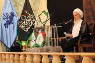 آیت الله مكارم شیرازی : رادیو محرم می تواند به یك دانشگاه و مكتبی برای ترویج فرهنگ عاشورایی تبدیل شود