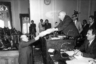 مجلس مقتدر نبود و در دوره پهلوی تشریفاتی شد