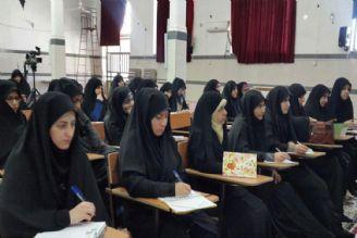 بیش از 100 هزار خواهر  طلبه در کشور تحصیل میکنند.