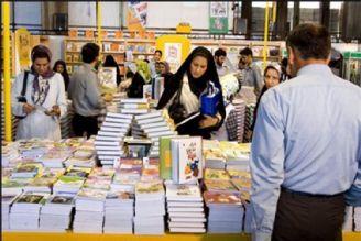 نمایشگاه کتاب استانی دی ماه در 5 استان کشور برگزار می شود.
