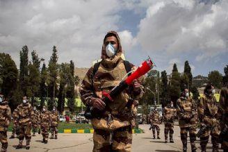 انجام گندزدایی، ضدعفونی و كمك رسانی به مردم در روز ارتش