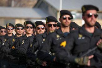 نیروی انتظامی همیشه همیار و كمك رسان مردم بوده است