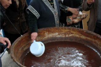 سمنوپزان از آیینهای اصلی پیش از نوروز در ازبکستان است