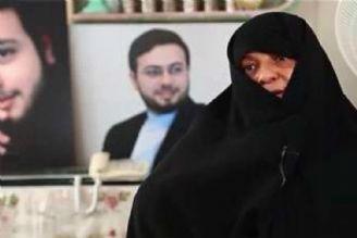 """مادر """"شهید حاجی حسنی کارگر"""" دعوت حق را لبیک گفت و به فرزند شهیدش پیوست"""