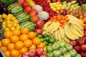 میوه فراوان است/ هیچ کمبودی نداریم