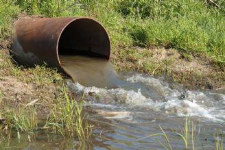 برخی کشاورزان از فاضلاب های خام برای آبیاری استفاده می کنند